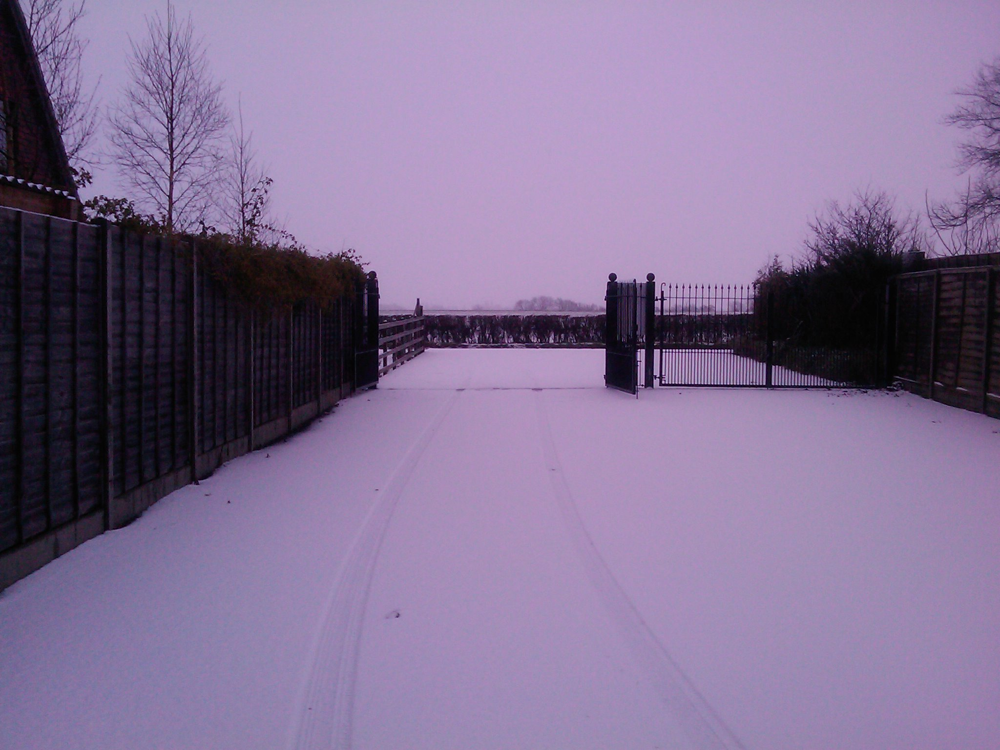 Snow near my office in Meppershall